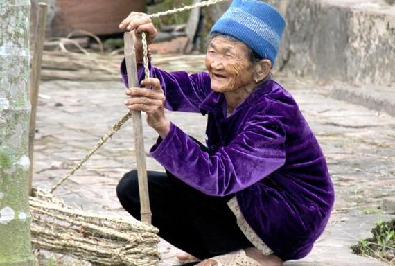 Cụ bà Nguyễn Thị Lai