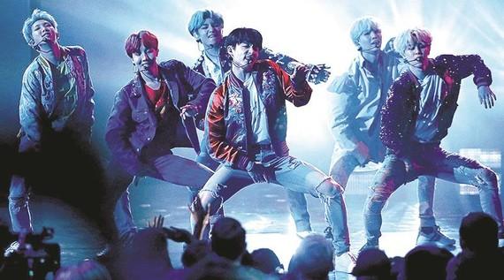 Nhóm nhạc BTS, một trong các biểu tượng văn hóa của Hàn Quốc
