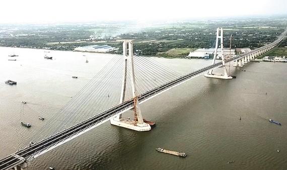 Sông Hậu thêm cầu Vàm Cống