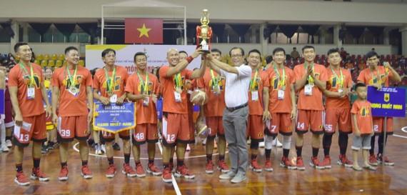第十一郡男子隊奪得冠軍。