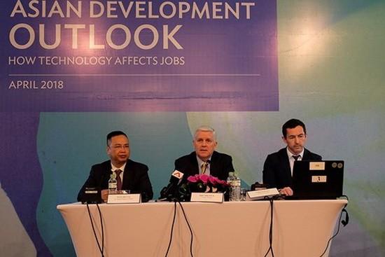 亞行預報今年越南經濟增長 7.1% 。(圖源:VOV)