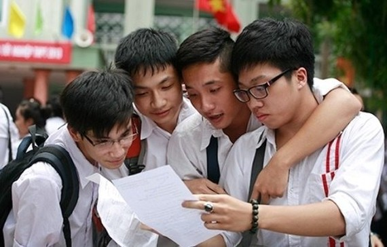 2017年本市考進高中學校的學生。