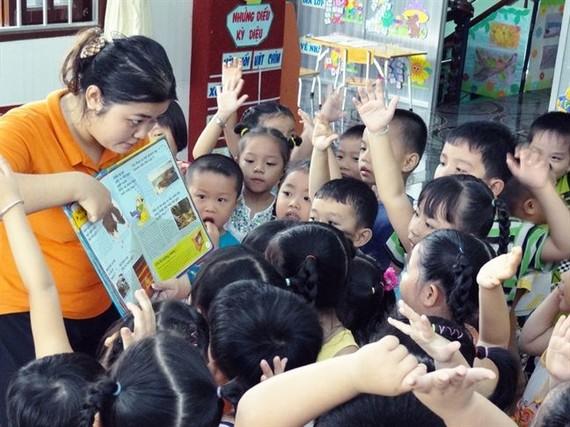 疼愛幼兒是幼兒園教師的第一標準。