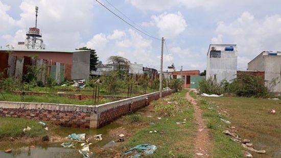 平政縣仍有36個未獲審批為農村居民區,故阻礙了民眾申請建築許可證。