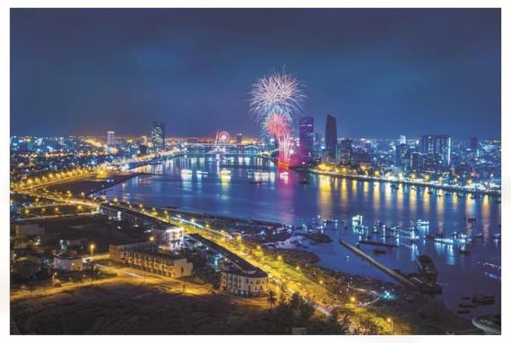 一、精彩紛呈的2018年峴港國際煙花節。(圖源:旅遊報)