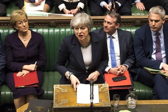英國首相特蕾莎‧梅在議會下院發表講話。(圖源:新華社)