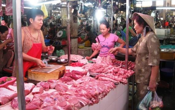 由於擔憂非洲豬瘟,因而同奈省的豬隻銷售量大減。(示意圖源:互聯網)