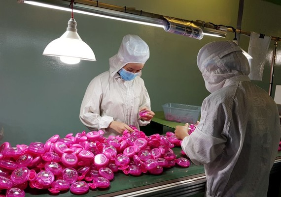 華人企業TBM-明發公司生產塑料盒出口日本市場。