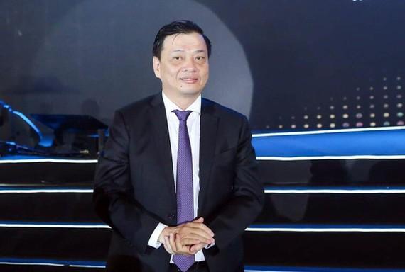 阮成隆同志出任巴地-頭頓省人委會主席一職。(圖源:東河)