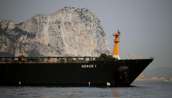 """英屬直布羅陀7月4日扣留""""格蕾絲一號""""(Grace1)運油輪,指運油輪涉嫌違反歐洲制裁,將石油運往敘利亞。(圖源:路透社)"""