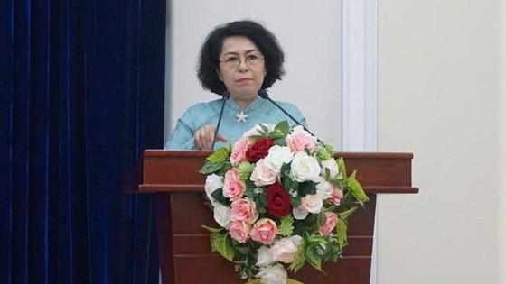 市越南祖國陣線委員會主席蘇氏碧珠在會上發言。(圖源:阮娟)