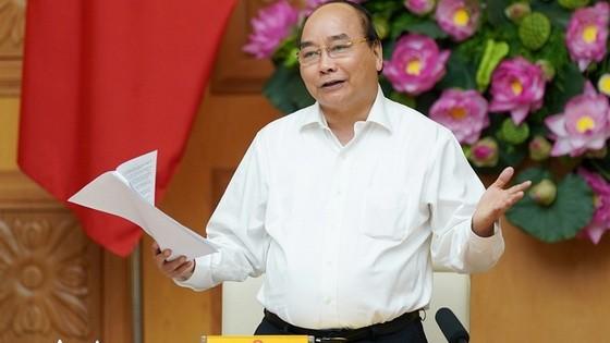 政府總理阮春福在會議上發表演講。(圖源:元宇)