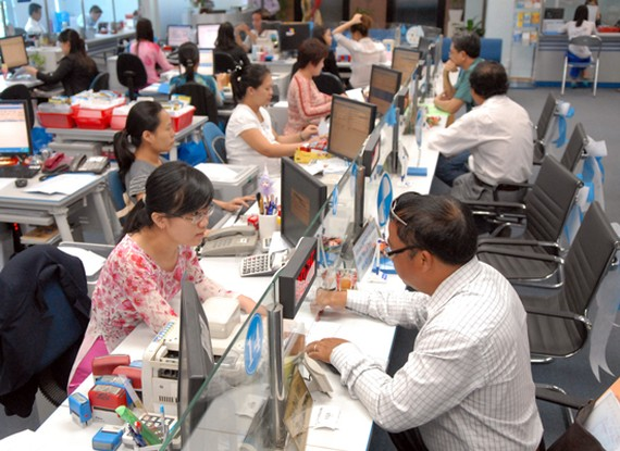 Consumer credit accounts for 10 percent of outstanding loans in HCMC. A large amount of these has run into personal house buyers(Photo: SGGP)