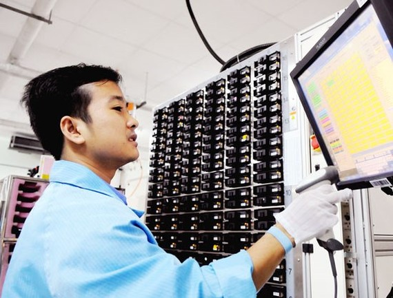 US group builds first electronic component plant in Phu Yen