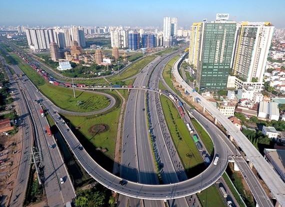 Traffic infrastructure has much developed in District 2, HCMC (Photo: SGGP)