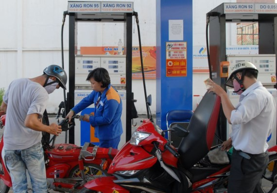 A filling station in Kinh Duong Vuong street, District 6 (Photo: SGGP)