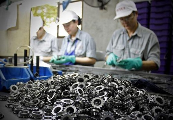 Vehicle parts are one of Vietnam's export products to Czech (Photo: VNA)
