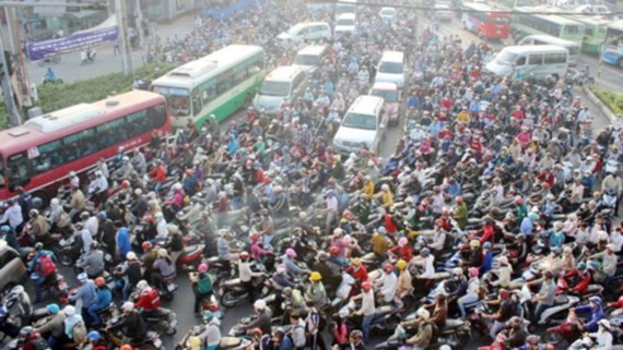 Traffic jam has been worsening in HCMC (Photo: SGGP)
