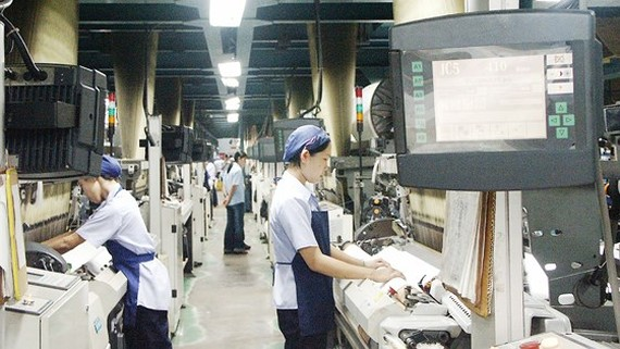 The modern production chain of Thai Tuan Textile and Garment Company (Photo: SGGP)