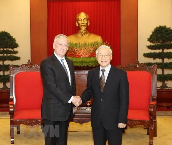 General Secretary of the Communist Party of Vietnam Nguyen Phu Trong (R) receives US Secretary of Defence James Mattis in Hanoi yesterday. (Photo: VNA/VNS)