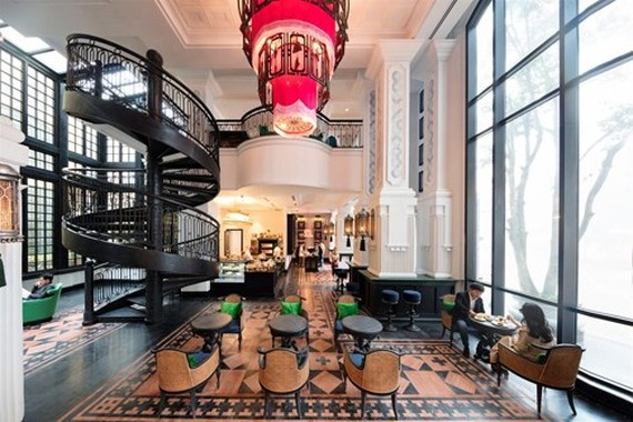 At the lobby of Hotel de la Coupole – MGallery by Sofitel (Source: vnexpress)