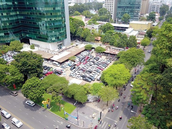 """HCMC cancels the decision to reclaim the """"golden"""" land pierce in Le Duan street"""
