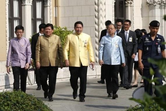Thai ministers (Source: EPA)