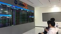 More than 400 enterprises delay listings on stock market