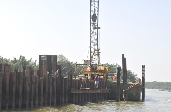 The construction site of a tidal control sewer (Photo: SGGP)