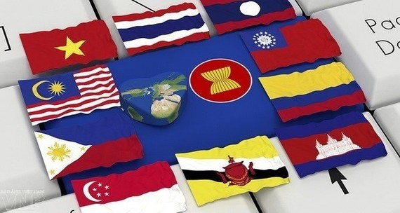 A Vietnamese delegation led by Ambassador Tran Duc Binh, head of the country's permanent mission to ASEAN, attended the seventh ASEAN - Canada Joint Cooperation Committee Meeting, which took place in Jakarta, Indonesia on March 15 (Source: asiapacific.ca)