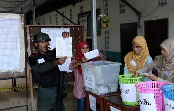 The Election Commission (EC) of Thailand on March 28 announced the results of the country's general election which took place four days earlier (Photo: AFP/VNA)