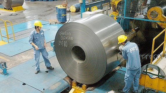 Production of rolled steel at a company. (Photo: SGGP)