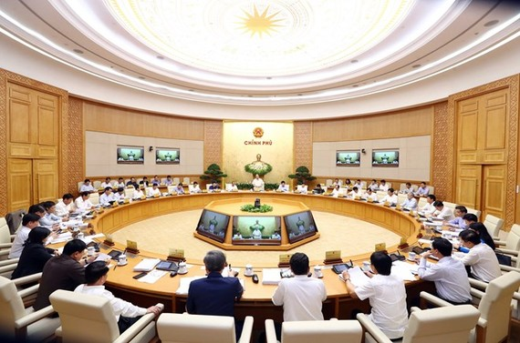 At the cabinet meeting (Photo: VNA)