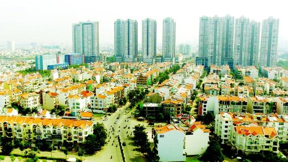 Thành phố Hồ Chí Minh ngày càng phát triển hơn với nhiều khu đô thị khang trang. Ảnh: THÁI BẰNG