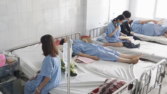 Các trường hợp nhiễm cúm và nghi nhiễm cúm tại Bệnh viện Từ Dũ đang được cách ly điều trị