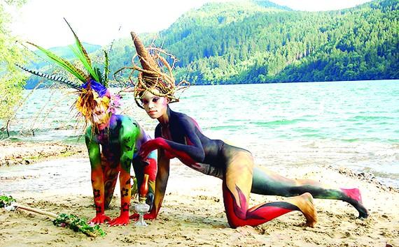 Tác phẩm body painting do họa sĩ Nguyễn Thị Mỹ Hạnh thực hiện trong lễ hội The World Body painting Festival tại Áo