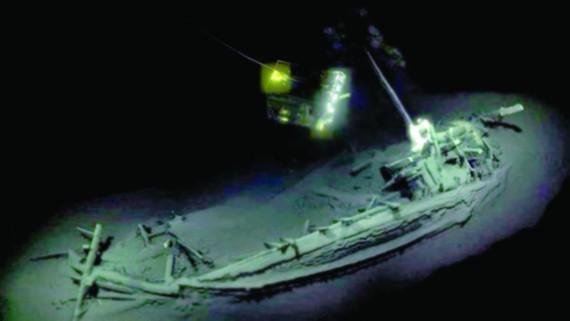 Xác tàu nguyên vẹn sau 2.400 năm dưới đáy biển