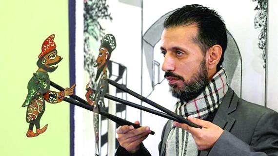 Nghệ sĩ múa rối Shadi al-Hallaq và các con rối của mình