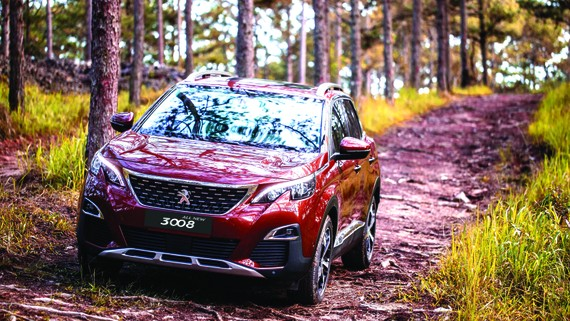 Nhiều ưu đãi khi mua bộ đôi  SUV Peugeot 5008, 3008 AllNew dịp cuối năm