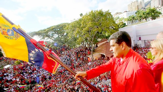 Tổng thống Venezuela Nicolas Maduro tại cuộc mít tinh ngày 24-1 kỷ niệm 61 năm lật đổ nhà độc tài Marcos Perez Jimenez