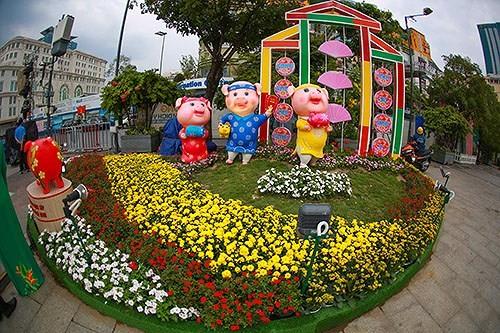 Bế mạc Đường hoa Nguyễn Huệ Tết Kỷ Hợi 2019: Hơn 1 triệu lượt khách đến tham quan