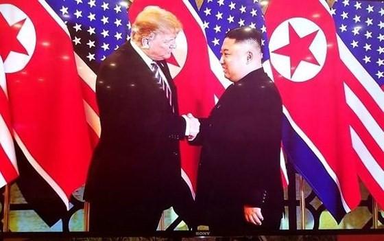 Tổng thống Mỹ Donald Trump và Chủ tịch Triều Tiên Kim Jong-un tại Hội nghị thượng đỉnh Mỹ - Triều Tiên lần thứ 2