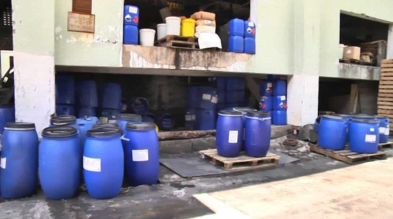 Hóa chất không được tồn trữ an toàn theo quy định tại một doanh nghiệp