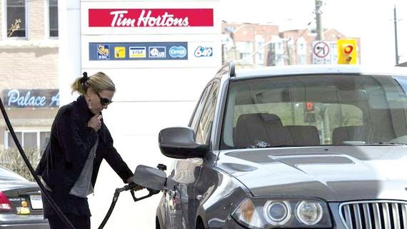 Thuế carbon có hiệu lực tại 4 tỉnh của Canada
