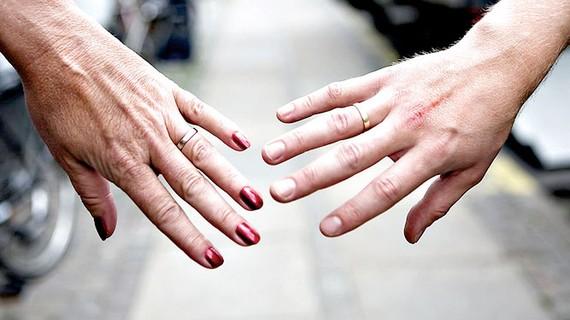 Các cặp vợ chồng ở  Đan Mạch phải học hợp tác sau ly hôn