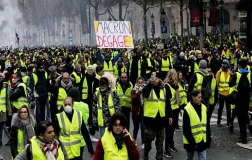 Pháp: Người biểu tình Áo vàng vẫn xuống đường
