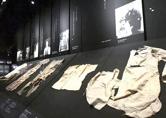 Bảo tàng Hiroshima hút du khách nước ngoài