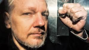Ông Julian Assange