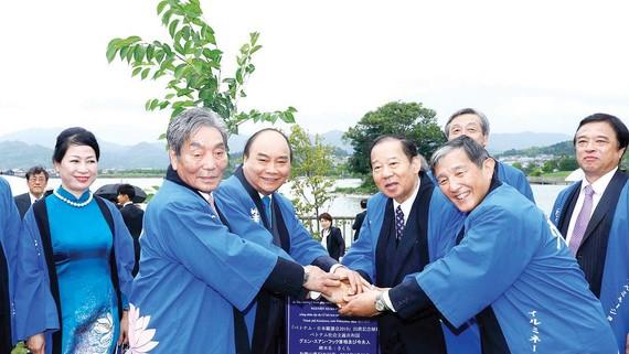 Thủ tướng Nguyễn Xuân Phúc dự Lễ hội hoa sen  Nhật Bản - Việt Nam