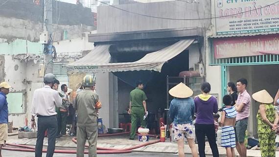 Cháy quán cơm nghi do rò rỉ khí ga